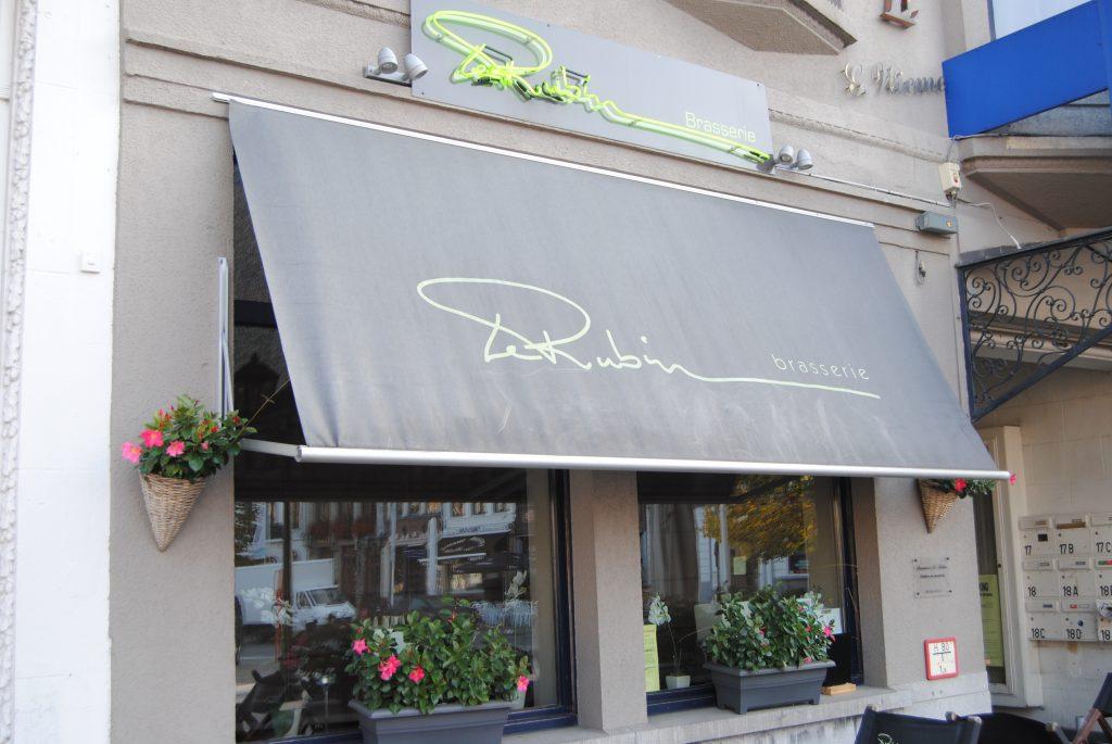 Brasserie Le Rubin, gelegen op de markt van Oudenaarde